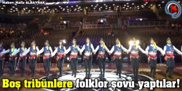 Ankara'dan New York'a Gelip Nba Türk Gecesi'nde Boş Tribünlere Folklor Şovu Yaptilar