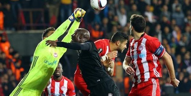 Osmanlıspor UEFA Avrupa Ligi'ne veda etti