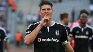 Beşiktaş'ta Gomez depremi!