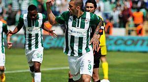 Bursaspor Başakşehir'i gole boğdu