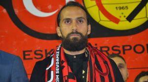 Erkan Zengin resmen Eskişehirspor'da