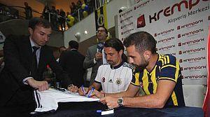 Fenerbahçe'den imza günü!
