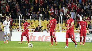 Millliler, İlk 4 sırada En çok gol yiyen takım