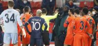 PSG-Başakşehir maçı durdu!...