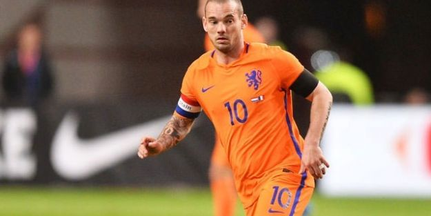 Wesley Sneijder rekora hazırlanıyor