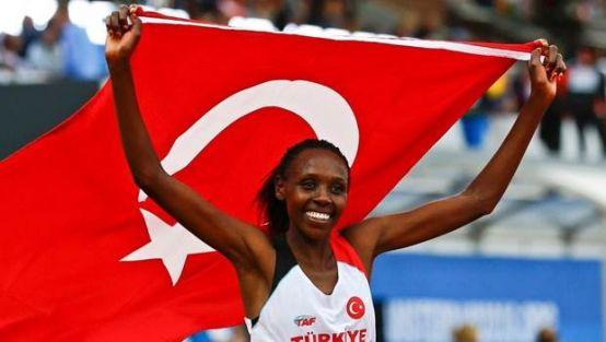Yasamin Can, 5 bin metrede Avrupa şampiyonu oldu